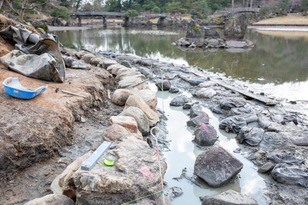 H30年度玄宮園護岸(第4工区)保存整備工事